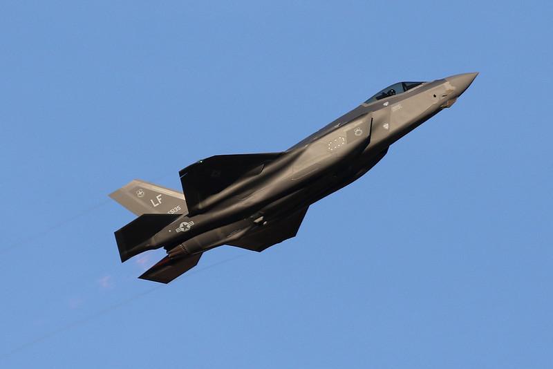 """15-5135 (LF) Lockheed Martin F-35A Lightning II """"United States Air Force"""" c/n AF-126 Luke/KLUF/LUF 31-01-18"""
