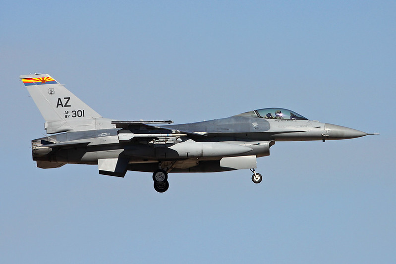 "87-0301 (AZ) General Dynamics F-16C Fighting Falcon ""United States Air Force"" c/n 5C-562 Tucson IAP/KTUS/TUS 14-11-16"
