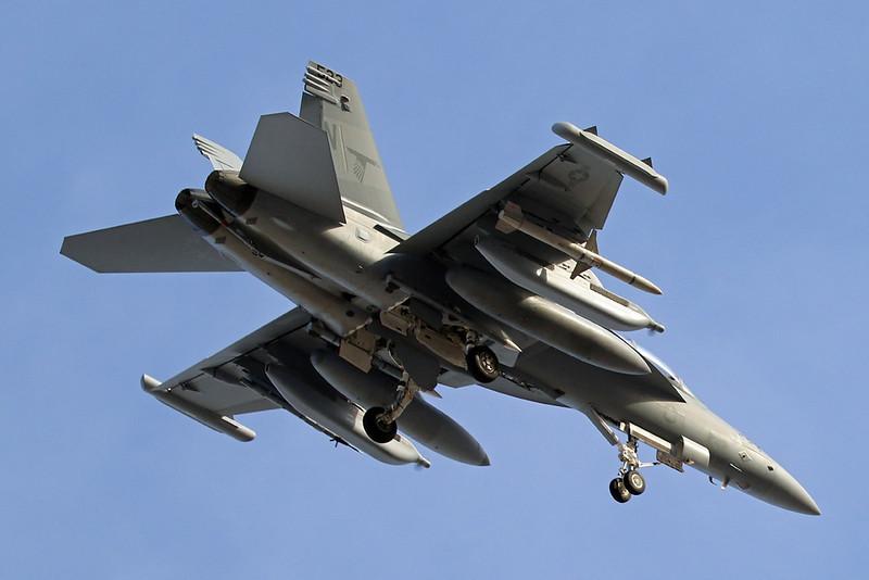 """168935 (NL-523) McDonnell-Douglas EA-18G Growler """"United States Navy"""" c/n G-107 Nellis/KLSV/LSV 01-02-18"""