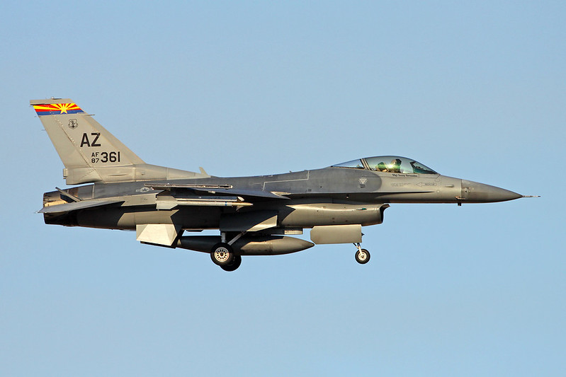 "87-0361 (AZ) General Dynamics F-16C Fighting Falcon ""United States Air Force"" c/n 1C-12 Tucson IAP/KTUS/TUS 14-11-16"