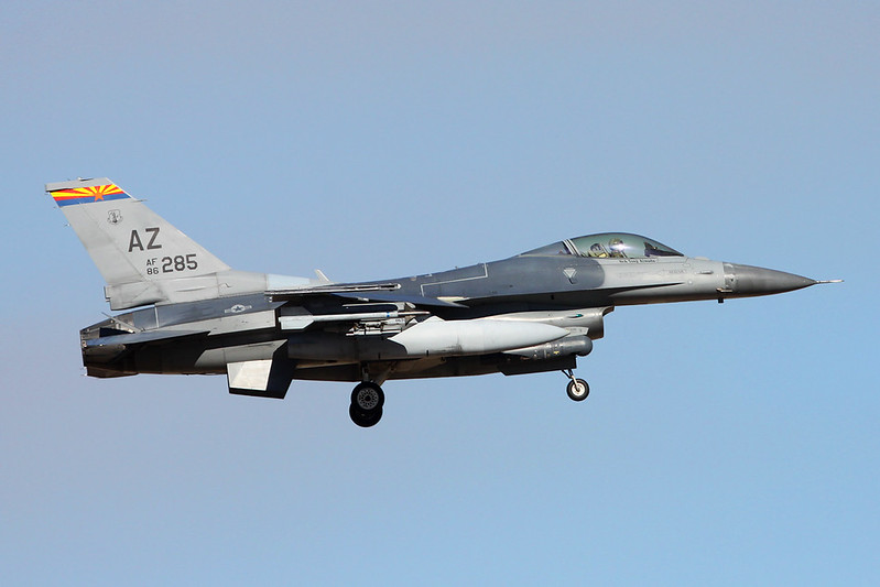 "86-0285 (AZ) General Dynamics F-16C Fighting Falcon ""United States Air Force"" c/n 5C-391 Tucson IAP/KTUS/TUS 14-11-16"