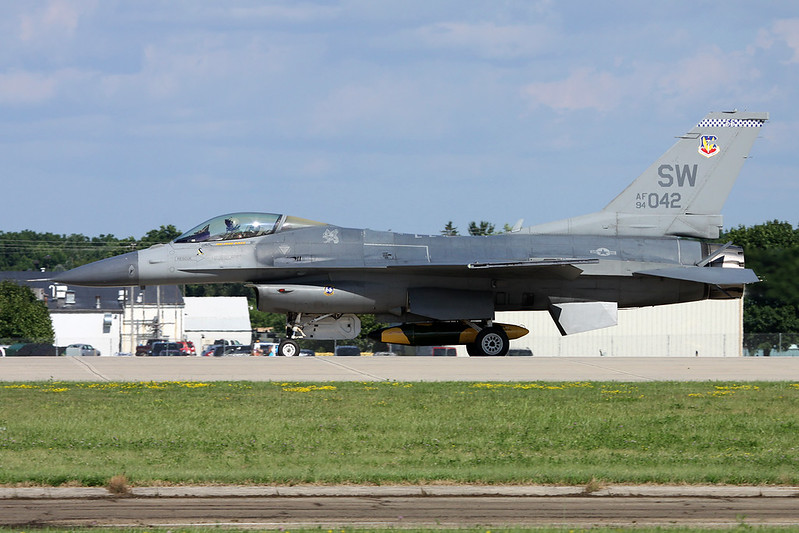 "94-0042 (SW) General Dynamics F-16CJ Fighting Falcon ""United States Air Force"" c/n CC-194 Oshkosh/KOSH/OSH 25-07-16"