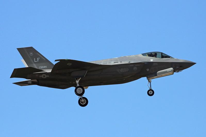 """12-5044 (LF) Lockheed Martin F-35A Lightning II """"United States Air Force"""" c/n AF-55 Luke/KLUF/LUF 15-11-16"""