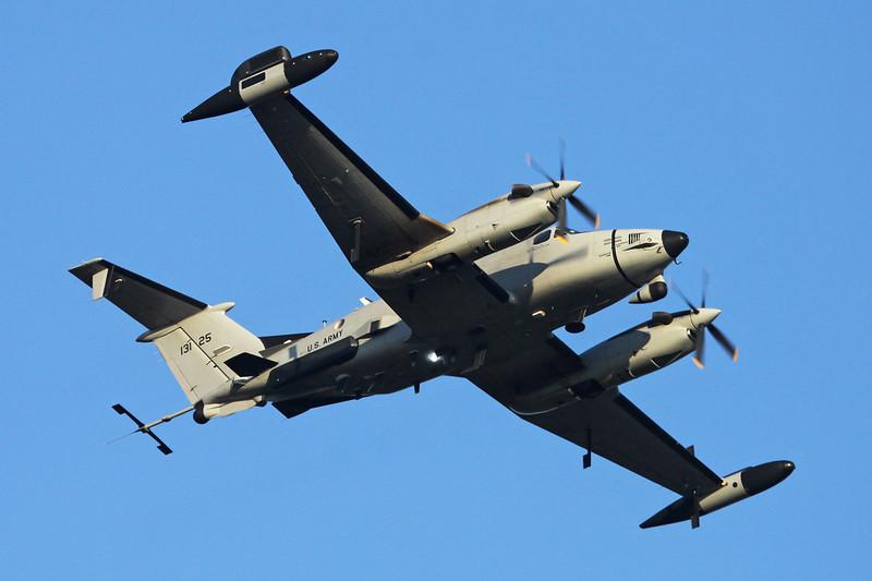 "92-13125 Beech RC-12X Guardrail ""United States Army"" Geilenkirchen/ETNG/GKE 31-01-14 ""1st MI Btn"""