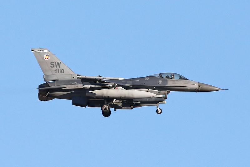 "97-0110 (SW) General Dynamics F-16CJ Fighting Falcno ""United States Air Force"" c/n CC-212 Nellis/KLSV/LSV 02-02-18"