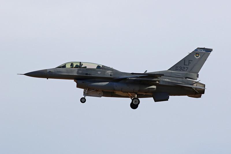 "84-1327 (LF) General Dynamics F-16D Fighting Falcon ""United States Air Force"" c/n 5D-21 Luke/KLUF/LUF 30-01-18"