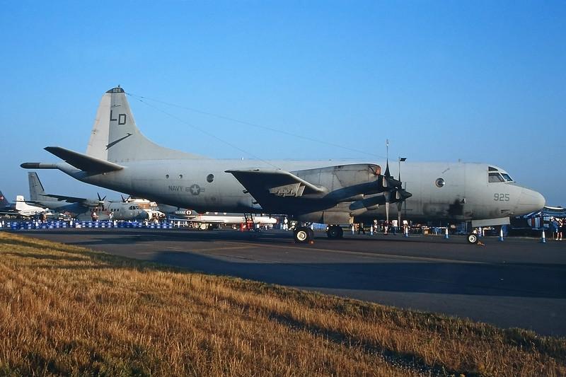 "158925 Lockheed P-3C IIIR Orion ""US Navy"" c/n 5597 Fairford/EGVA/FFD 25-07-99 (35mm slide)"