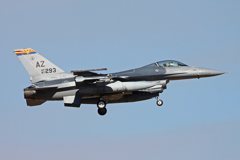 "87-0293 (AZ) General Dynamics F-16C Fighting Falcon ""United States Air Force"" c/n 5C-554 Tucson IAP/KTUS/TUS 14-11-16"