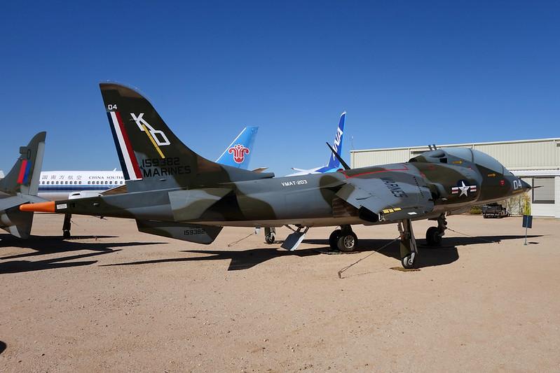 159382 (KD-04) McDonnell-Douglas TAV-8A Harrier c/n 212022 Pima/14-11-16