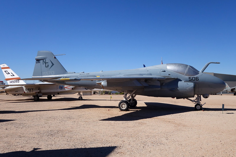 155713 (HG-506) Grumman A-6 Intruder c/n I-439 Pima/14-11-16