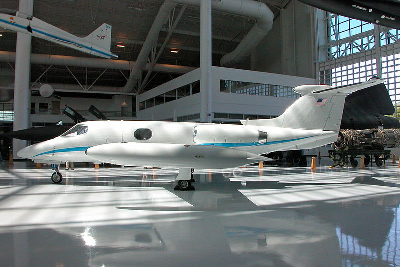 N203JL Learjet 24B c/n 24-203 McMinnville/KMMV/MMV 09-05-09