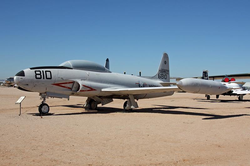 136810 (810) Lockheed T-33B Shooting Star c/n 580-7914 Pima/14-11-16