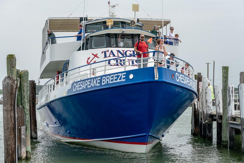 Docking the Chesapeak Breeze.