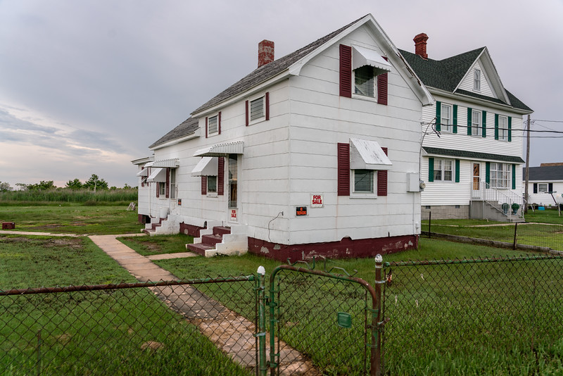 A didn't see any buyers for this empty house on West Ridge Road.