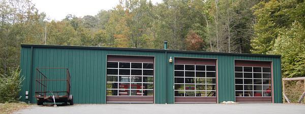 """Station 6-2"" / Avery County Ladder Company ""Station 9"""