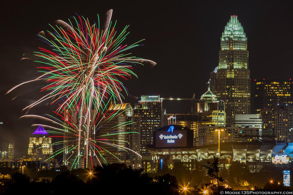 IMAGE: https://photos.smugmug.com/NorthCarolina/Charlotte-Fireworks-July-2016/i-Vf32jz3/0/XL/JM_2016_07_04_Charlotte_Fireworks_004-XL.jpg