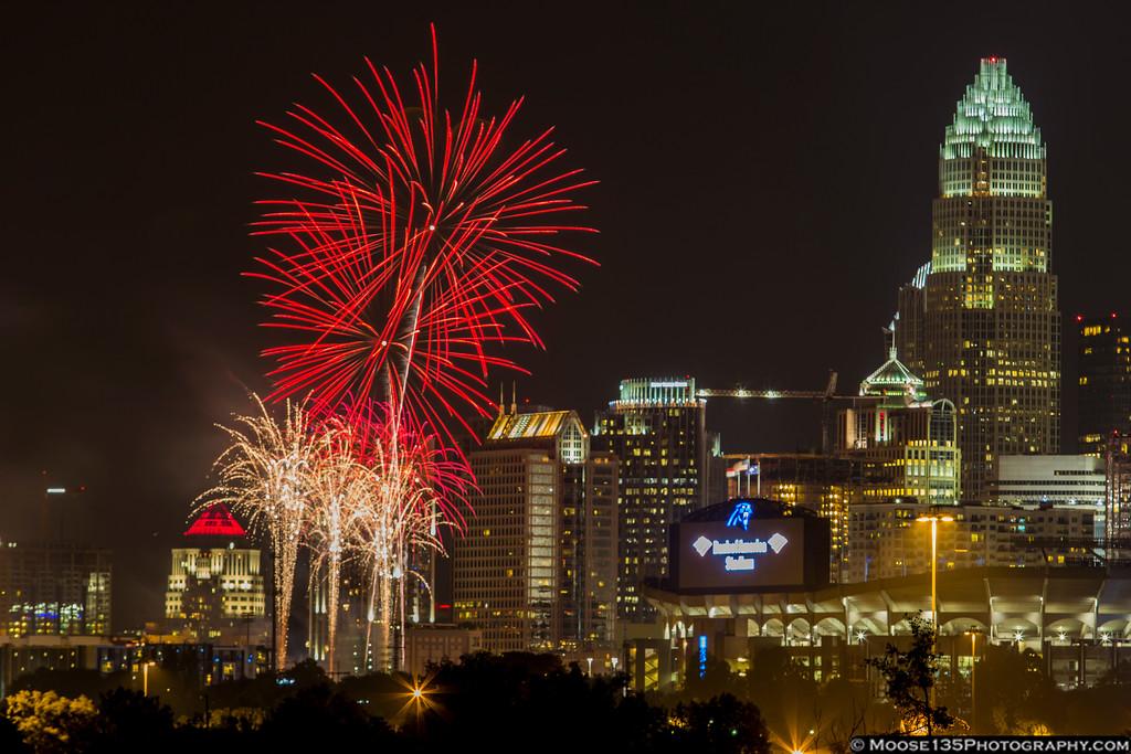IMAGE: https://photos.smugmug.com/NorthCarolina/Charlotte-Fireworks-July-2016/i-WRKNqWz/0/XL/JM_2016_07_04_Charlotte_Fireworks_005-XL.jpg