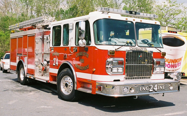 """Engine 24""<br /> 2006 Spartan Gladiator/Smeal<br /> 1500/750/30B<br /> S/N # 3147<br /> <br /> Micah Bodford Photo"