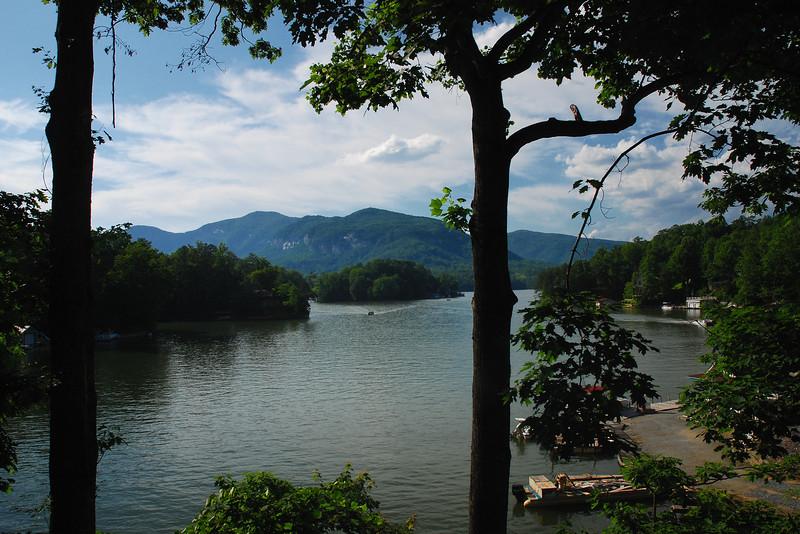 Lake Lure, Rutherford County (NC) May 2009