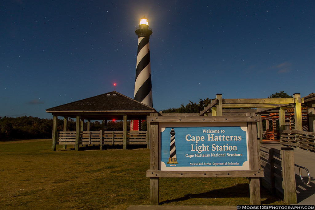 IMAGE: https://photos.smugmug.com/NorthCarolina/Outer-Banks/i-2bt6Bmc/0/XL/JM_2016_11_12_Cape_Hatteras_Lighthouse_005-XL.jpg