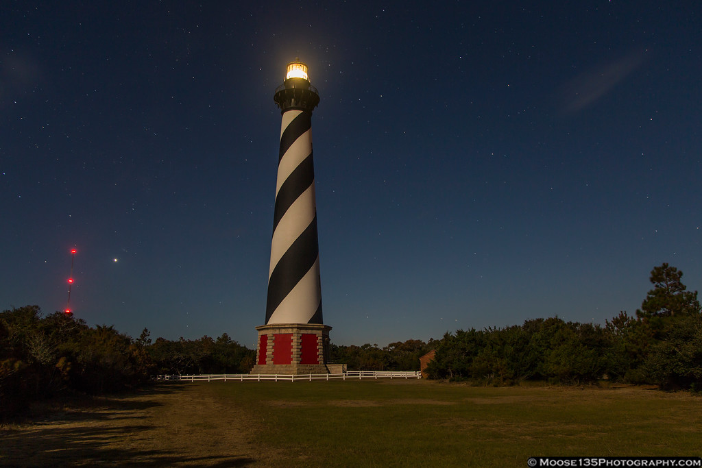 IMAGE: https://photos.smugmug.com/NorthCarolina/Outer-Banks/i-FG3pfB2/0/XL/JM_2016_11_12_Cape_Hatteras_Lighthouse_004-XL.jpg