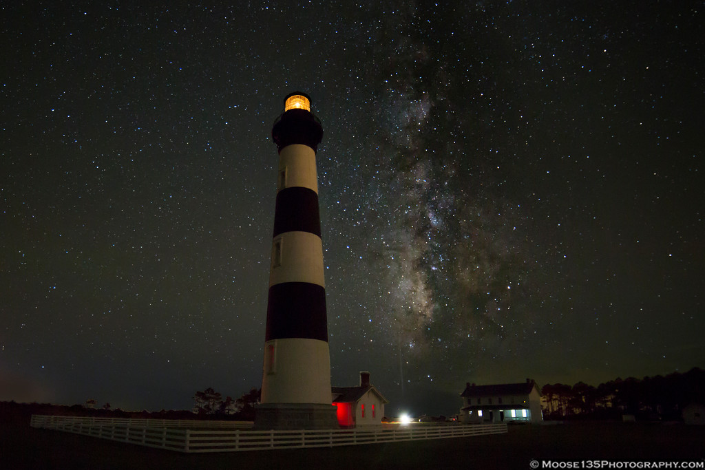 IMAGE: https://photos.smugmug.com/NorthCarolina/Outer-Banks/i-Xmmz5ct/0/86740d3c/XL/JM_2017_09_23_Bodie_Island_Lighthouse_Milky_Way_003-XL.jpg
