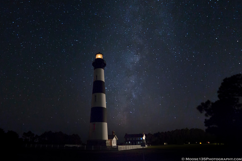 IMAGE: https://photos.smugmug.com/NorthCarolina/Outer-Banks/i-ZxZd9x5/0/93c6c318/XL/JM_2019_09_28_Bodie_Island_Light_002-XL.jpg