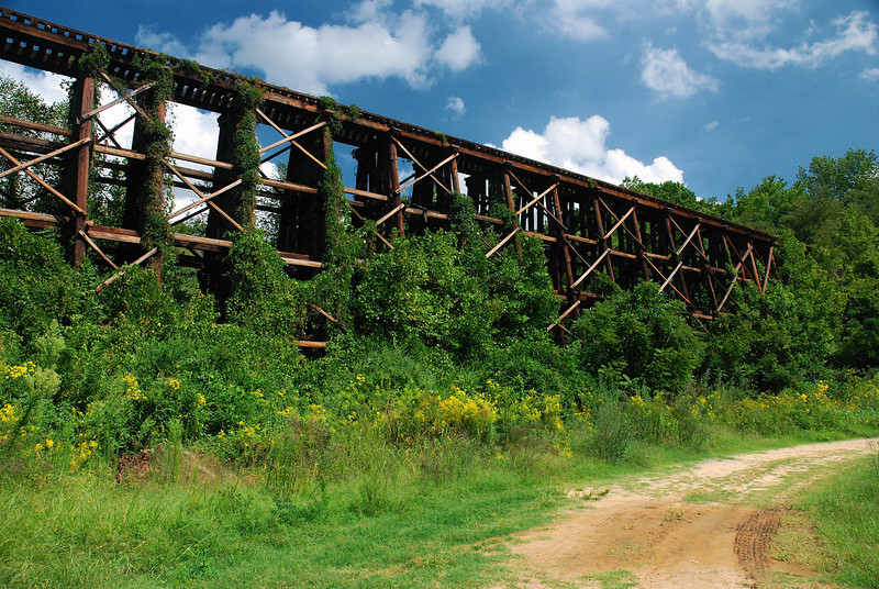 Abandoned railroad trestle off NC 226, Cleveland County (NC) September 2008