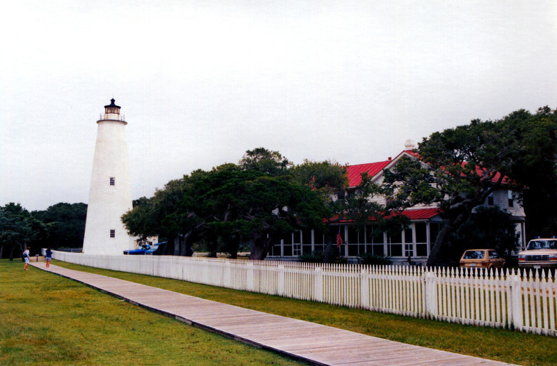 Ocracoke Light001a