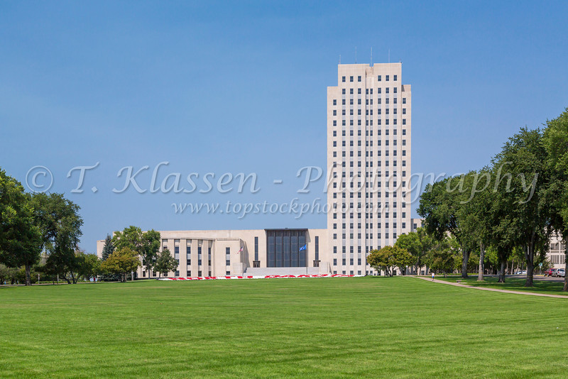 The North Dakota State Capital building in Bismarck, North Dakota, USA.