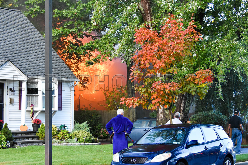 2017-10-25 North Massapequa F D  House Fire 3982 Kingsberry Road-1