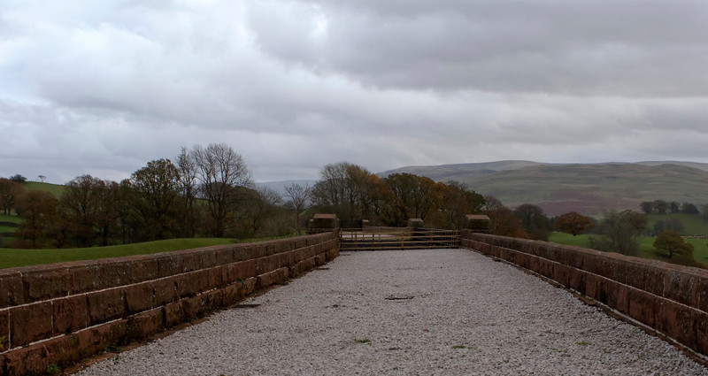 Lune Viaduct, Waterside, 7 November 2008 3.  Looking south towards Ingleton. .NB that the decking over the arches has been removed.