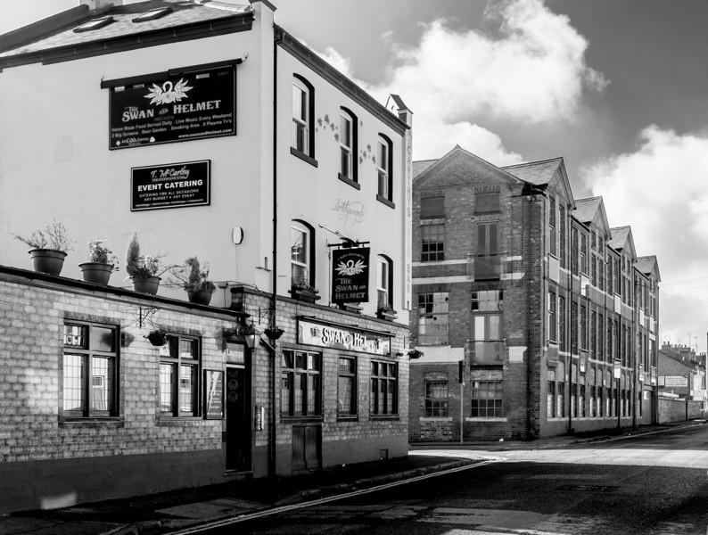 Swan and Helmet, Grove Road, Northampton