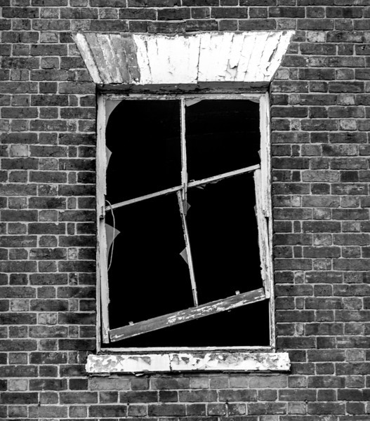 Failure of the Planning system, St Edmunds Hospital (former workhouse), sash window