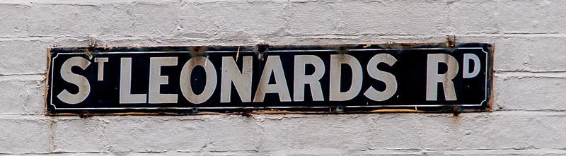 Street sign, St Leonard's Road, Northampton