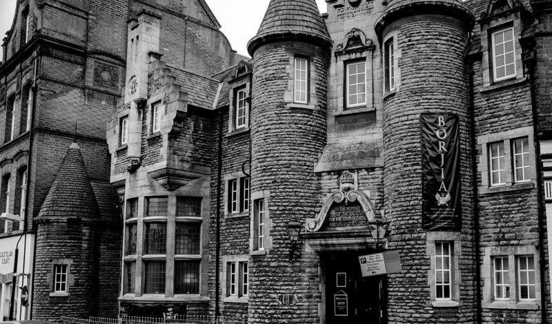 Castilian Castle, Northampton