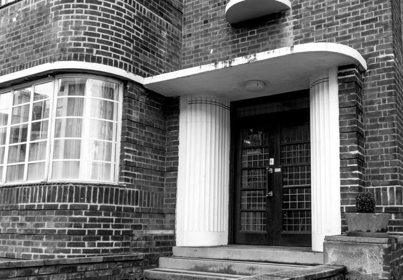 Doorcase, Bedford Mansion(s), Derngate. Northampton
