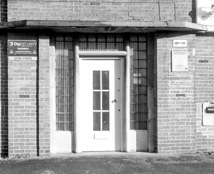 Restrained Art Deco Doorcase, 167-171 Bridge Street, Northampton