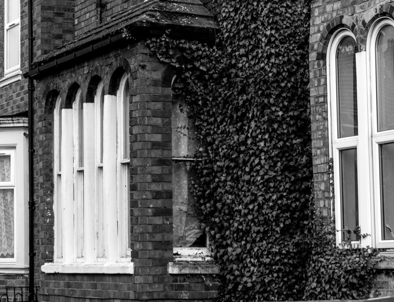 Rounded windows, Semilong Road, Northampton