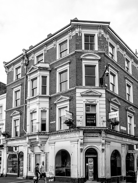 Lloyds Bank, Wood Hill (was Oliver Adams) Northampton_
