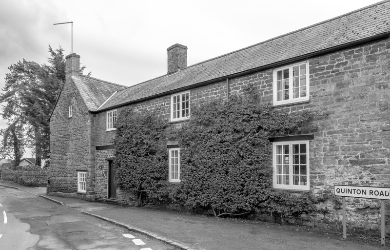 Duck Cottage, Quinton. Road, Wootton