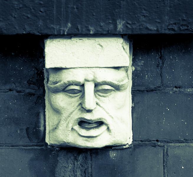 Window bracket, York Road, Northampton