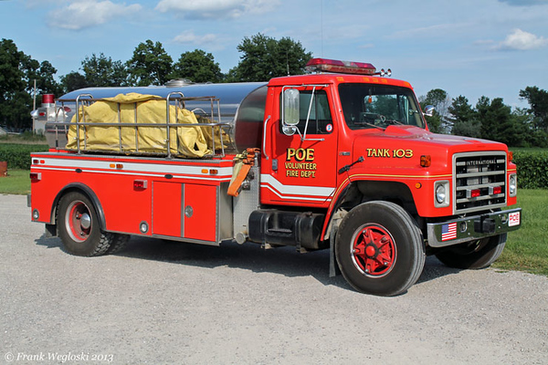 Tanker 103 - 1982 International S/S&S/1998 Star Stainless - 500gpm/1800gal