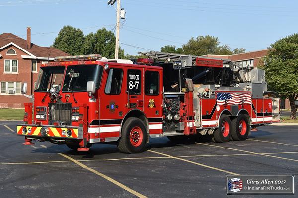 Truck 87 - 1994 Simon-Duplex/1980 Baker 75ft Aerialscope/1995 Delmarva/New Lexington - 1500gpm/270gal/30F