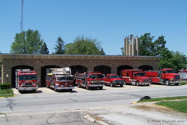 Pierceton Fire Station - S. 1st & Walnut Streets