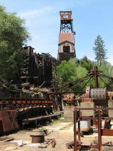 Equipment and Headframe, Kennedy Mine, Jackson
