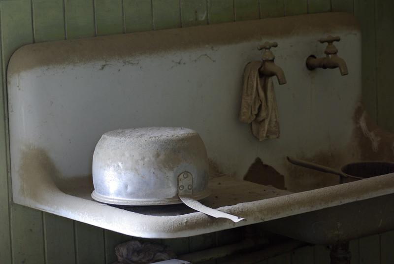 Dusty Sink, Bodie