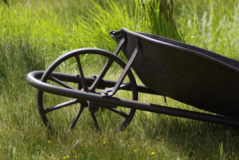 Wheelbarrow, Bodie