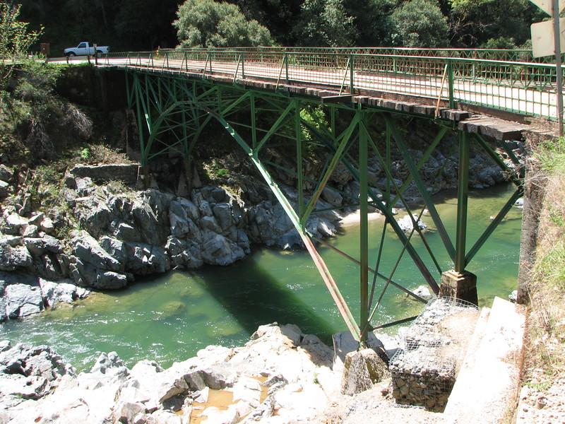 Edwards Crossing Bridge