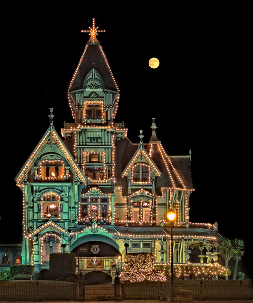 Carson Mansion_Christmas Moon